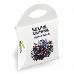 Fekete gyöngy chili paprika magok díszdobozban