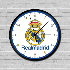 Real Madrid falióra